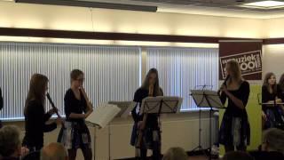 """Blokfluit ensemble Zoet Hout speelt  """"allegro"""" uit het concert C van Antonio Vivaldi (1678 - 1741)"""