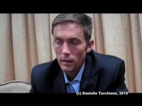 Desmond Harrington talks being the bad guy on 'Dexter' season five