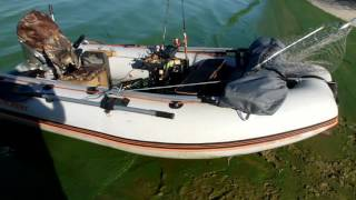 #тюнинг#пвх лодка #Kolibri KM330 DSL и #хонда 15#своими руками #мексиканец(мексиканец ТВ В данном ролике я показываю нюансы моей лодки ПВХ купленной 1,5 года назад. Это лодка #Колибри..., 2016-09-27T03:32:25.000Z)