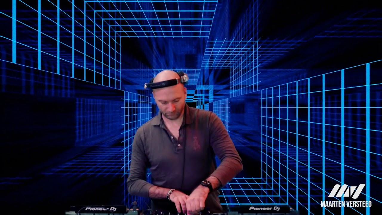 Deep & soulful housemusic, mixed by Maarten Versteeg. Subscribe for upcoming mixes