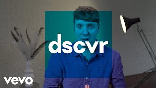 dscvr New Videos: Mabel, Isaac Gracie, Phoebe Bridgers