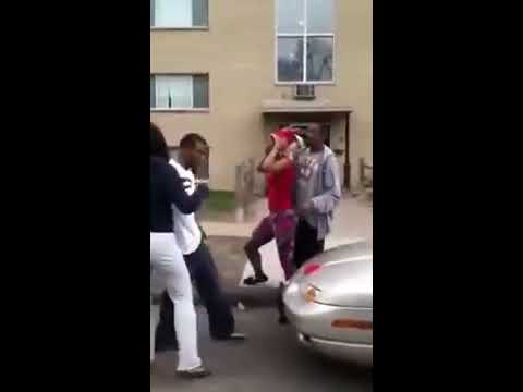 Ghetto girl fight in St  Paul, MN