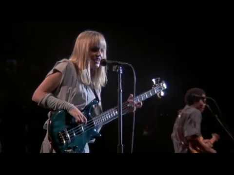 Tom Tom Club - Genius of Love (Stop Making Sense)