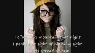 Cady Groves - A Town Like This w/ lyrics