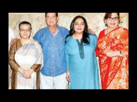 bollywood-actress-mumtaz-with-her-family-rare-images