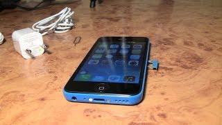 Распаковка точной китайской копии Iphone 5c за 69$ c Aliexpress(Дешевая точная китайская копия Iphone 5c синего цвета покупал на Aliexpress за 69$. Процессор MTK 6515, 512 RAM, IPS 960*540 дисплей..., 2013-12-06T15:08:23.000Z)