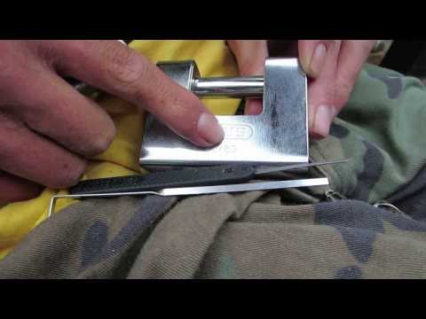 Lock Picking Abus Diskus 28/60 Padlock from YouTube · Duration:  3 minutes 1 seconds