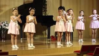 Trẻ em Triều Tiên hát tiếng Việt ở Bình Nhưỡng