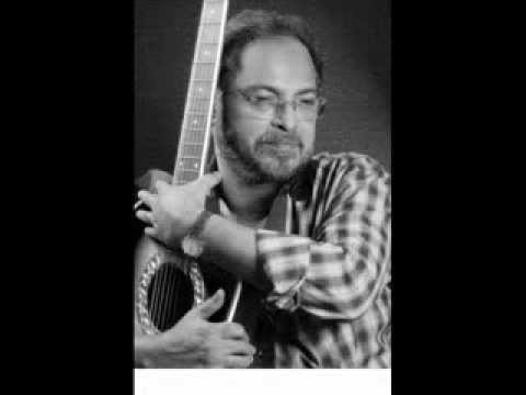 Johnson Master Composing Paathi mei maranjathenthe....  (Hari Aryas)