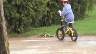 Funny Kid Video - Jake learning to ride his bike