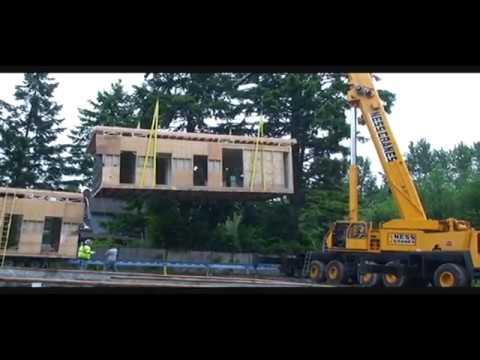 Setting A Modular Home Crane Lifting Whole House