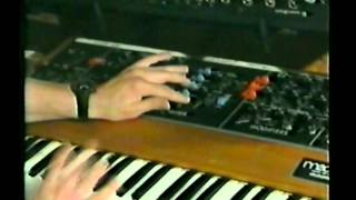 porcaro Moog synth bass basics