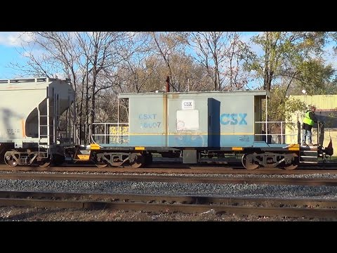 Railfanning Dolton 11-13-15 - Battered Veteran