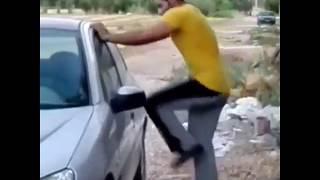 Как открыть дверь автомобиля без ключей...