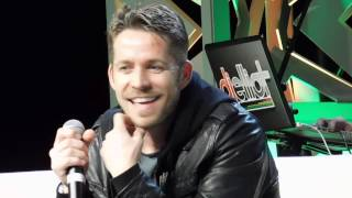 When do Robin and Regina get it on?!?!?! (Once Upon a Time's Sean Maguire)
