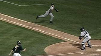 """Derek Jeter makes """"The Flip"""" to nab Giambi at the plate in the 2001 ALDS"""