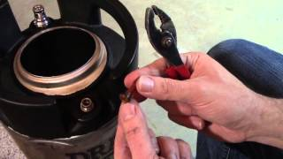 Changing the O-rings on a Corny Keg