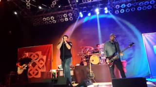 Breaking Benjamin Hopeless Live