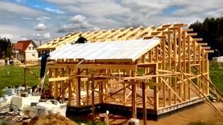 Строим дом своими руками и своими силами (часть 8)(Строим дом своими руками и своими силами (часть 8) Начали натягивать под кровельную пленку. Контр обрешетка..., 2012-06-21T05:50:53.000Z)