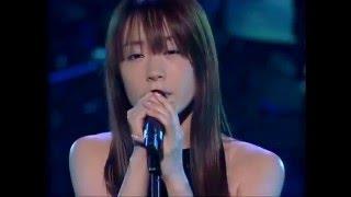 17thシングル曲。 恋愛の歌詞が胸にささります。 作詞:UCO、作曲:UCO+...