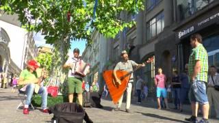 Download Ой,при лужку,при лужке Юрий Сорокин  трио музыкантов Mp3 and Videos