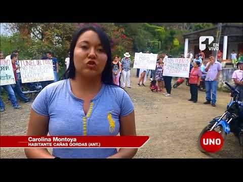 Habitantes de Cañasgordas, Antioquia, protestan por compra de predios para construcción de túnel
