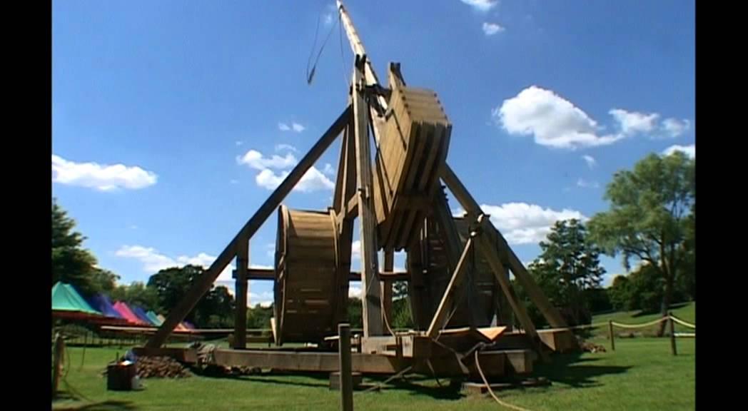 Warwick Castle Trebuchet - YouTube