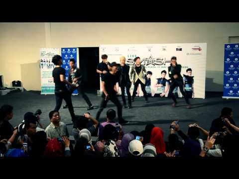 Smash- Senyum Semangat [Live In Sg.Wang Plaza]