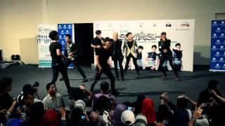 Smash- Senyum Semangat [Live In Sg.Wang Plaza]