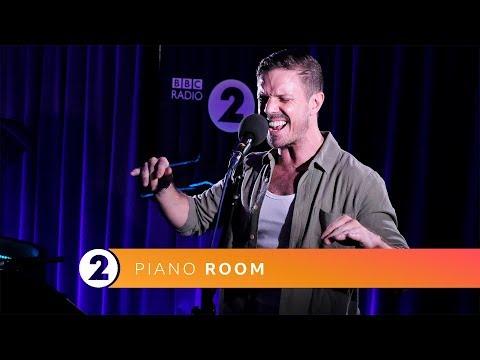 Jake Shears - I Dont Feel Like Dancin' (Radio 2 Piano Room)