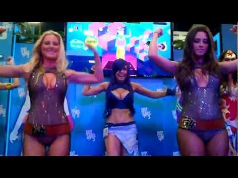 SDCC Just Dance 3 G4 girls full version
