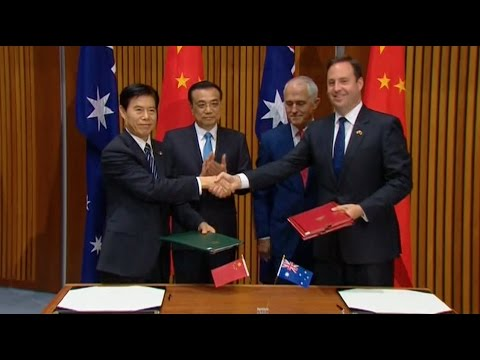 Chinese, Australian Leaders Pledge to Safeguard Trade Liberalization, Promote Economic Globalization