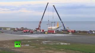 Récupération de l'avion turc après un atterrissage raté