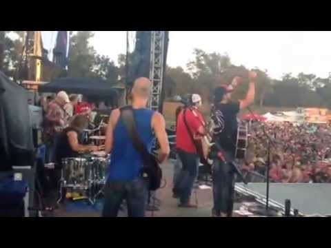 The Only Way I Know - performed by The Peach Pickers on the 2014 Luke BryanFarmTour