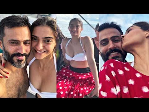 Sonam Kapoor And Anand Ahuja Romantic Maldives Vacation