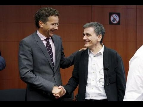 Euro ministers give blessing to Greek bailout, wooing IMF on debt