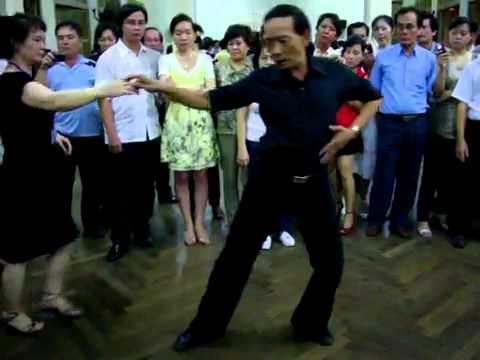 Khieu vu Bebop lop 4 bài 2_vũ sư Lê Nguyet