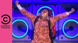 "Sally Phillips Performs The Proclaimers ""I'm Gonna Be (500 Miles)"" 