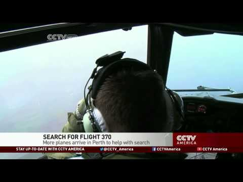 Search Teams Arrive in Australia to Join Hunt for Malaysia Flight-370