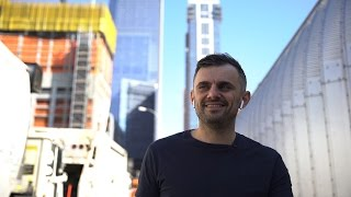 Gambar cover WHAT MAKES A GREAT MANAGER?   DailyVee 208