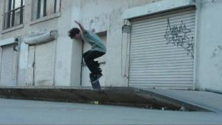 Switch Back Nosegrind.
