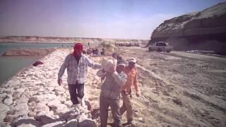 شاهد فيديو حصرى للدباشين فى قناة السويس الجديدة
