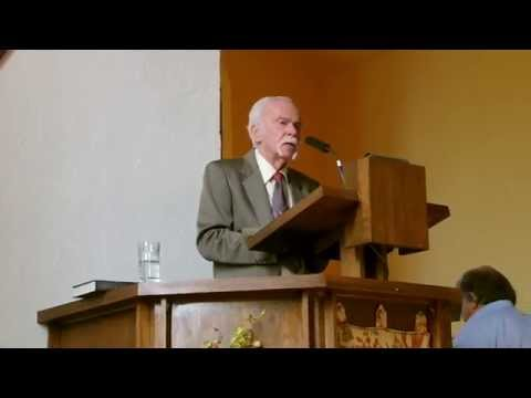 Alec Craig preaching at Unitarian Universalist Church of St. Petersburg