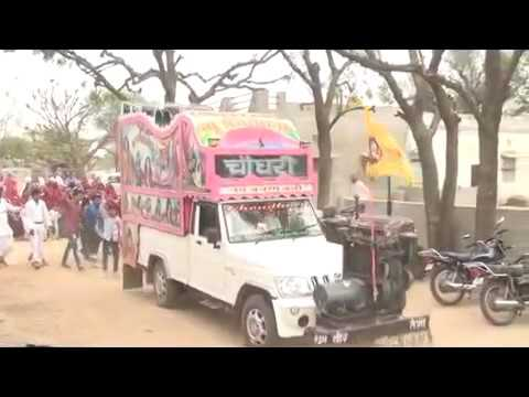 Car dance on dj||jugaad -it happens only in india