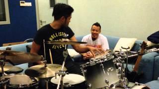 John Thomas Drum Shed & Interview