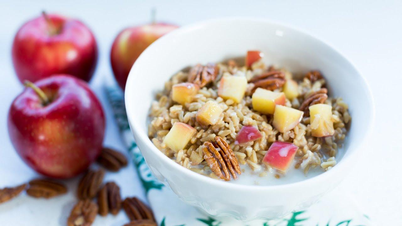 apple cinnamon whole grain oat breakfast [ 1280 x 720 Pixel ]