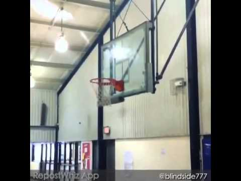 LaKendrick Ross dunking a basketball at 6'5 360 pounds