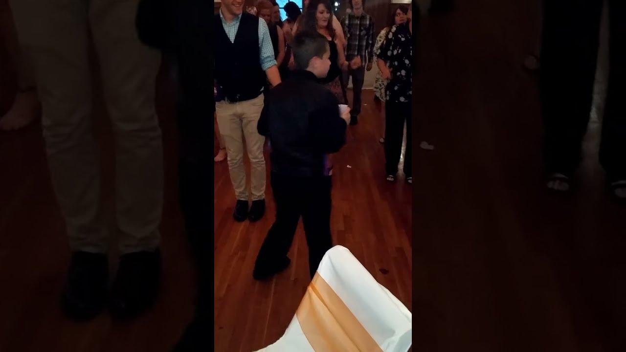 Мальчик делает фистинг видео фото 164-344