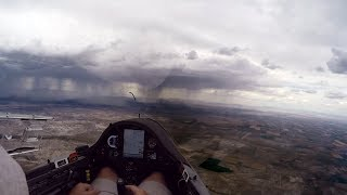 Glider Record Stopped by a Wall of Water