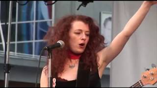 Melissa Auf Der Maur Live @ Dundas Square Toronto Canada June 18 2009 Full Set Fan Video